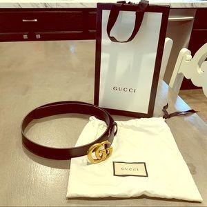 Gucci black leather belt size 90'